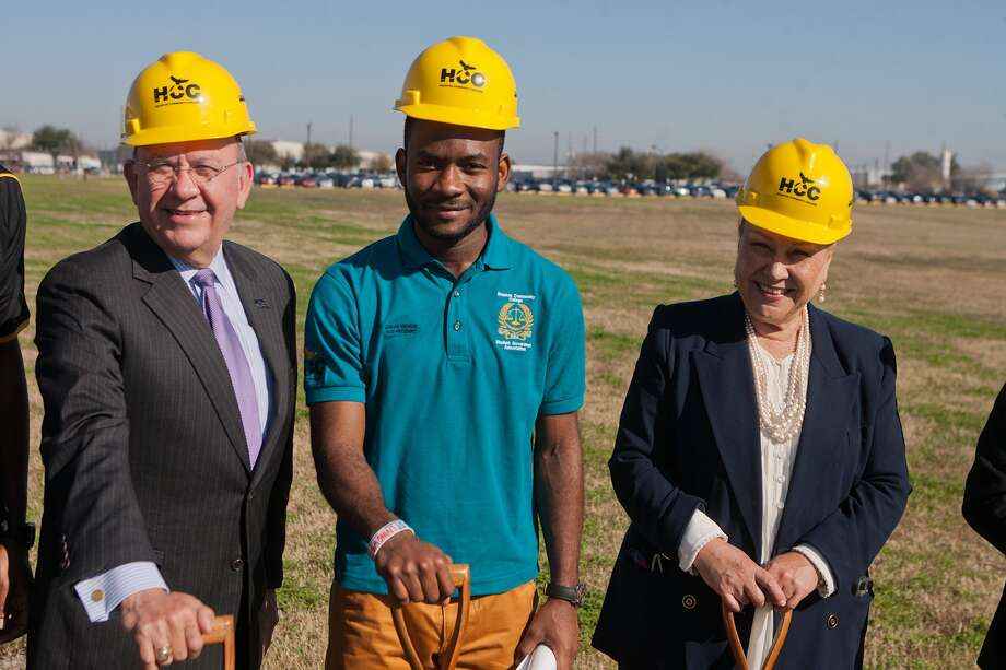Dignitaries from the Houston Community College system broke ground on Jan. 20 for a workforce training center on the Stafford campus of the HCC-Southwest College. Ceremony participants included: HCC Chancellor Cesar Maldonado, left, HCC Southwest College Student Vice President Adrian Nwanze and HCC Southwest College President Fena Garza, Dignitaries from the Houston Community College system broke ground on Jan. 20 for a workforce training center on the Stafford campus of the HCC-Southwest College. Ceremony participants included: HCC Chancellor Cesar Maldonado, left, HCC Southwest College Student Vice President Adrian Nwanze and HCC Southwest College President Fena Garza, Photo: R. Clayton McKee, Freelance / © R. Clayton McKee