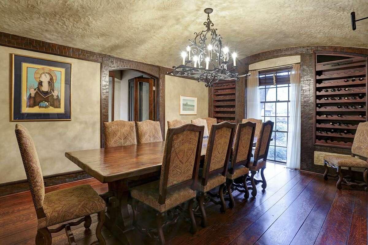 10)16 Sunset List price: $6.3 million Sold range: $5,081,001 - $5,864,000