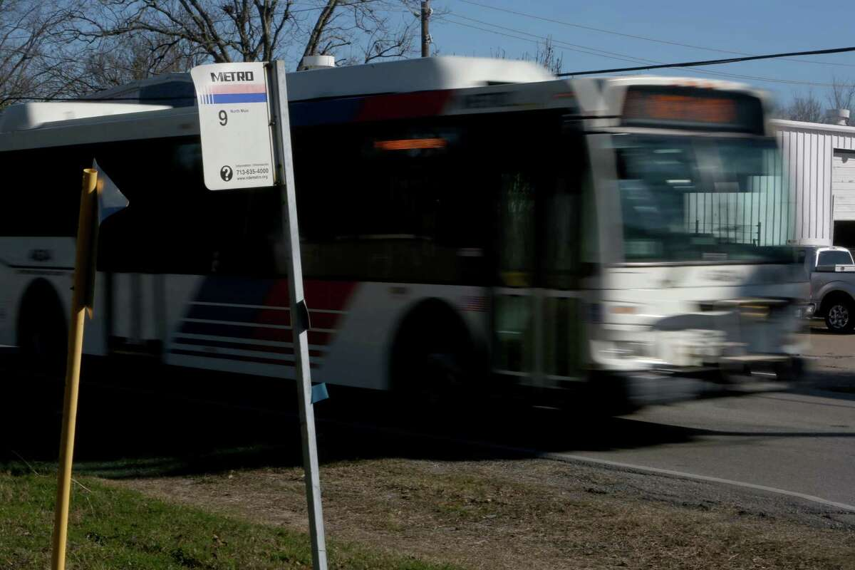 A Metro bus along route 9 at Sweetwater Lane and Peach Spring Drive Tuesday, Jan. 27, 2015, in Houston, Texas. Metro of Harris County is kicking off its flex zones, a plan for small buses to offer door-to-door service within a specified area to operate for a few months along with regular service.