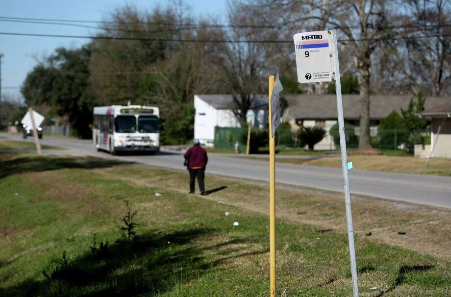 Metro's flex service in Acres Homes will differ from MetroLift, which serves disabled riders, in that flex will serve a single zone. Metro will assess how Acres Homes riders use the program to access other Metro routes. Photo: Gary Coronado, Staff / © 2015 Houston Chronicle