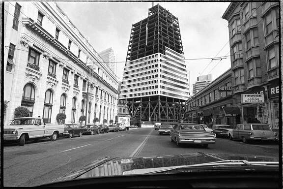 Transamerica Pyramid construction.