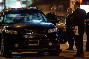 2 killed in San Francisco's Bayview neighborhood - Photo