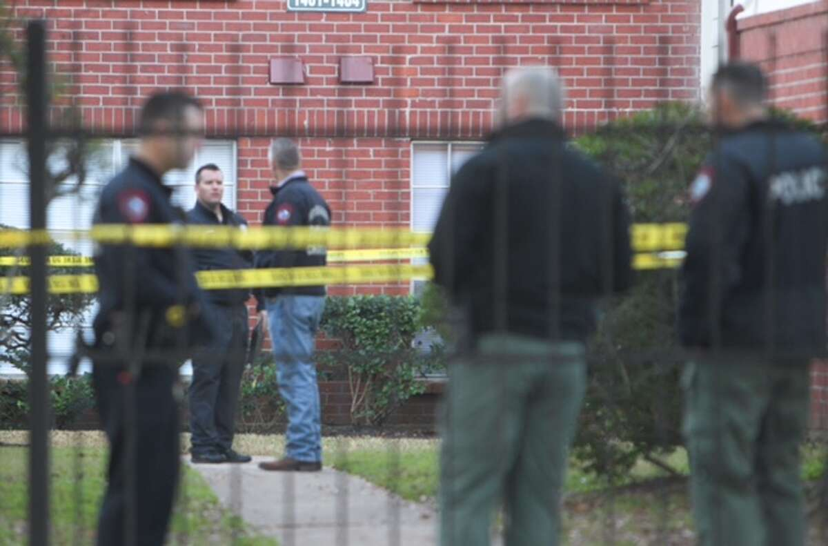 Rosenberg police tracked the suspect in a deadly apartment shooting early Wednesday to Traylor Stadium near the high school.