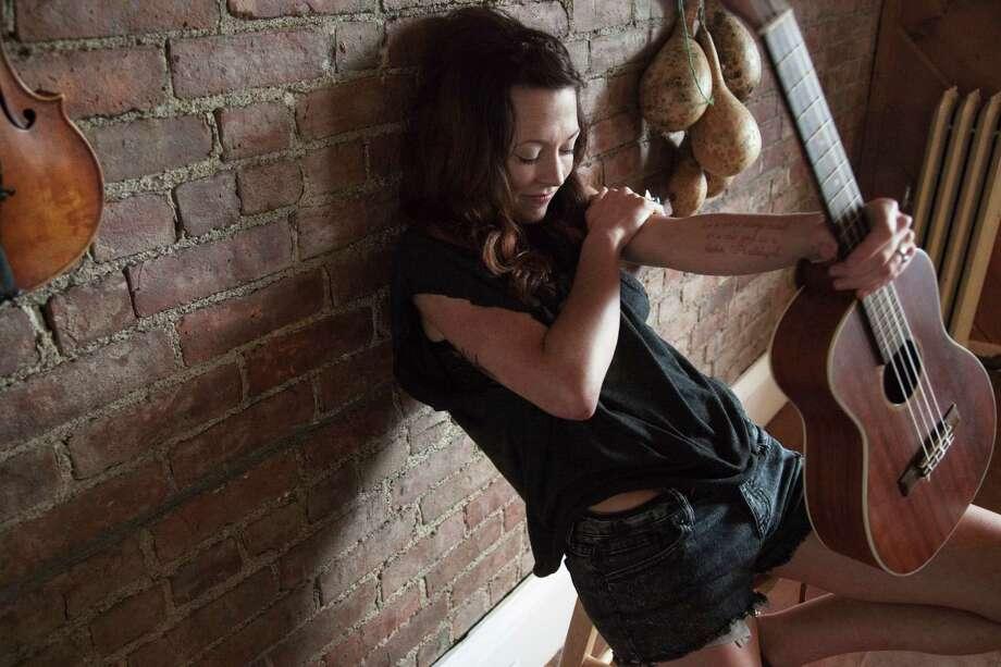 Musician Amanda Shires Photo: Erica Shires
