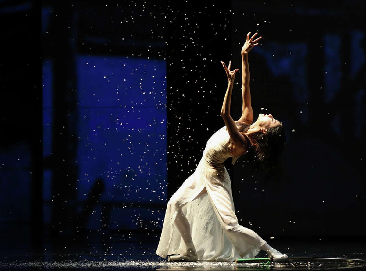 S.F. Ballet's Yuan Yuan Tan dances in a revival of Yuri Possokhov's