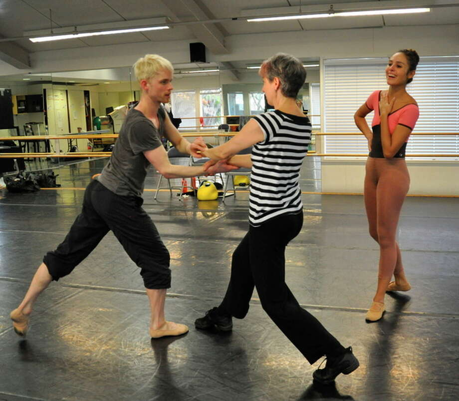 Choreographer Sonya Delwaide (center) coaches Diablo Ballet members Christian Squires and Ludmila Campos in Delwaide's new dance, which will be performed at the Del Valle Theater. Photo: Erika Johnson / ONLINE_YES