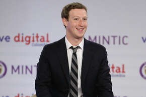 Mark Zuckerberg pro motes Inter net.org in Colombia this month.