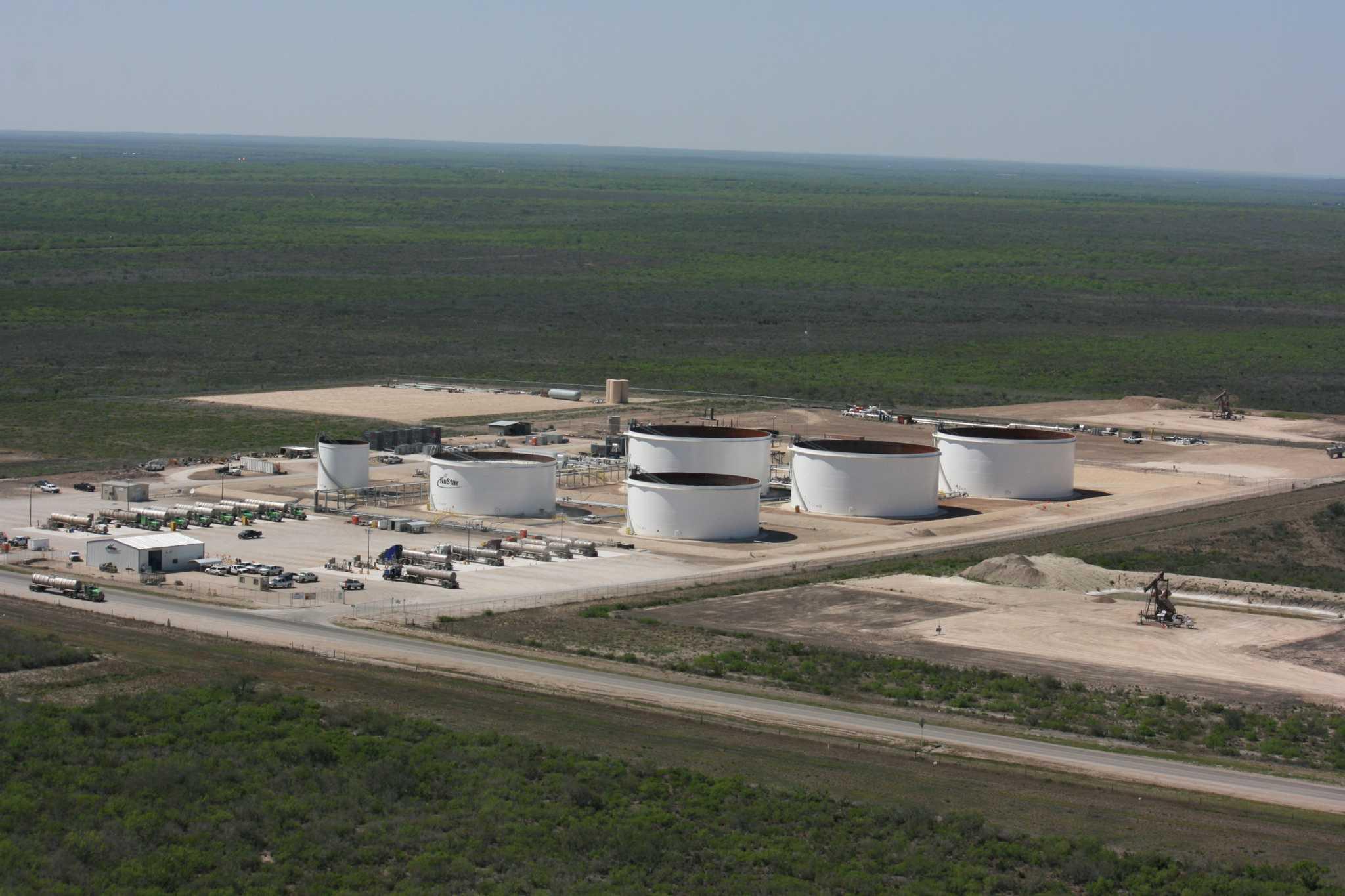 Nustar Energy S Net Income Rises San Antonio Express News
