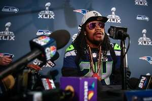 Marshawn Lynch deflects question about future - Photo