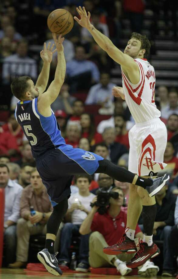 Donatas Montiejunas will work with Joey Dorsey, Terrence Jones, and Josh Smith to fill the absence in the paint while Dwight Howard is out. Photo: Melissa Phillip, Staff / © 2014  Houston Chronicle