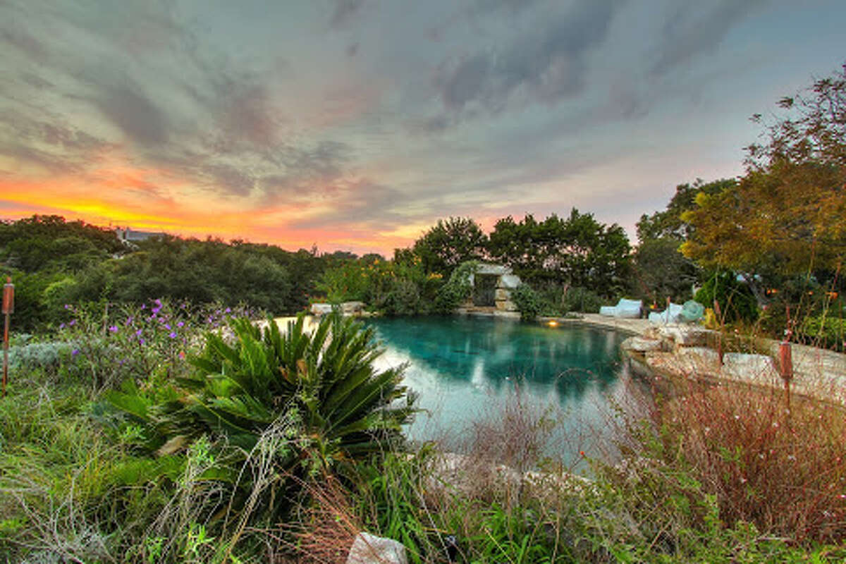 A sprawling 6.6-acre property that sits on Boerne Lake and is being sold for $2.5 million made The Week magazine's list of six beautiful Texas homes.