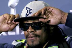 Marshawn Lynch clams up, blows chance to shine - Photo