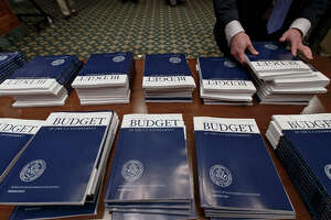Obama budget boosts spending $75 billion above cap - Photo