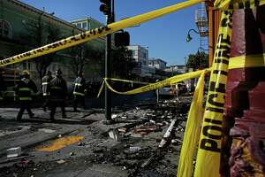 Fire escapes reportedly blocked in deadly Mission District blaze - Photo