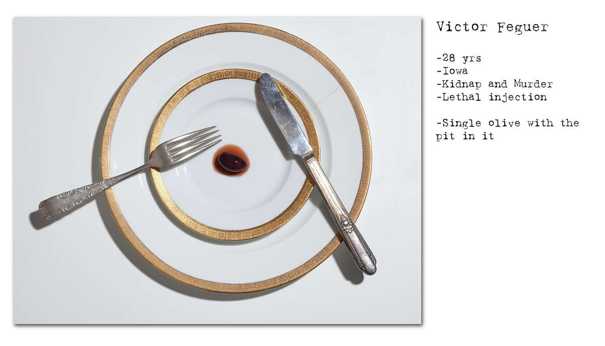 A New Zealand photographer recreated and photographed the last meals of several infamous death row inmates.