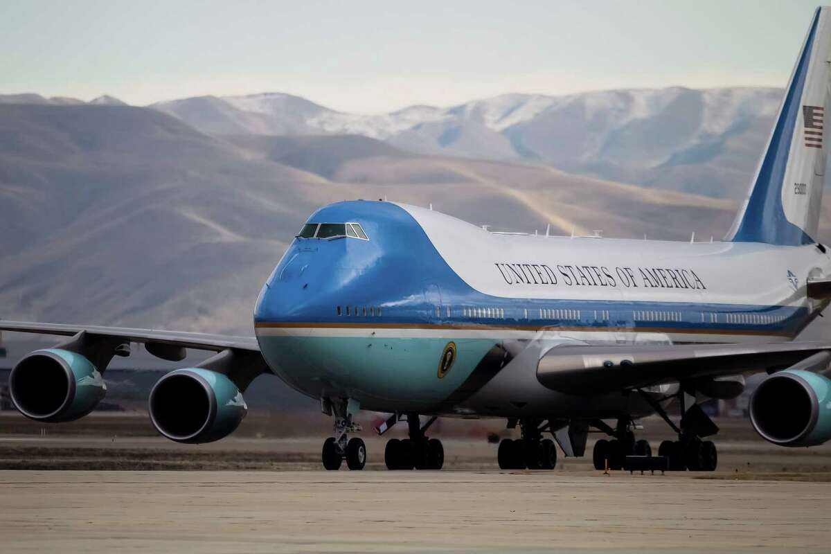 Air Force One taxies after landing at Gowen Field in Boise, Idaho, last week. The Air Force notified Congress that it would let Boeing Co. build the replacement for Air Force One without competition, although it will allow bidding on specialized equipment for the new presidential aircraft.