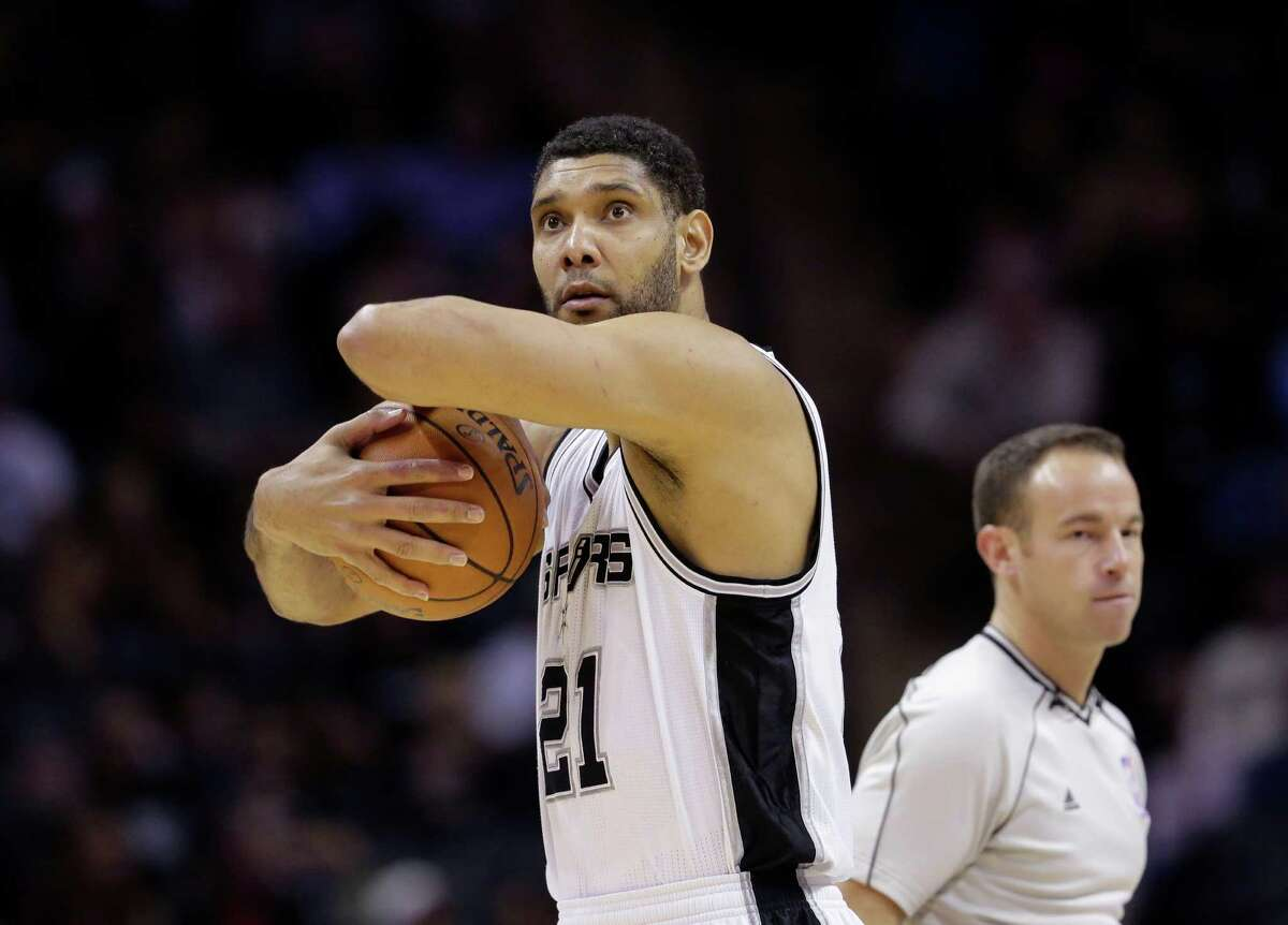 A reader praises an Express-News sports columnist for praising Tim Duncan, an athlete with a huge gift and a small ego.
