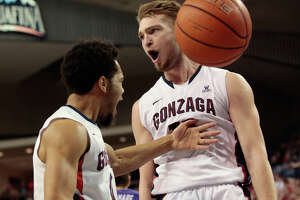 College basketball results, Jan. 29 - Photo
