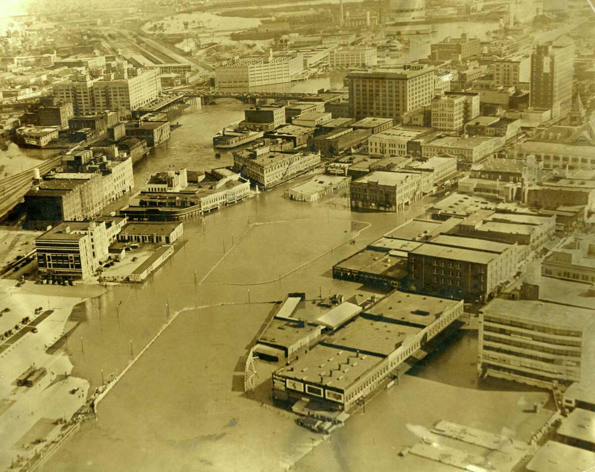 Downtown Houston after Buffalo Bayou flooding, 1930s (either 1935 or 1936).