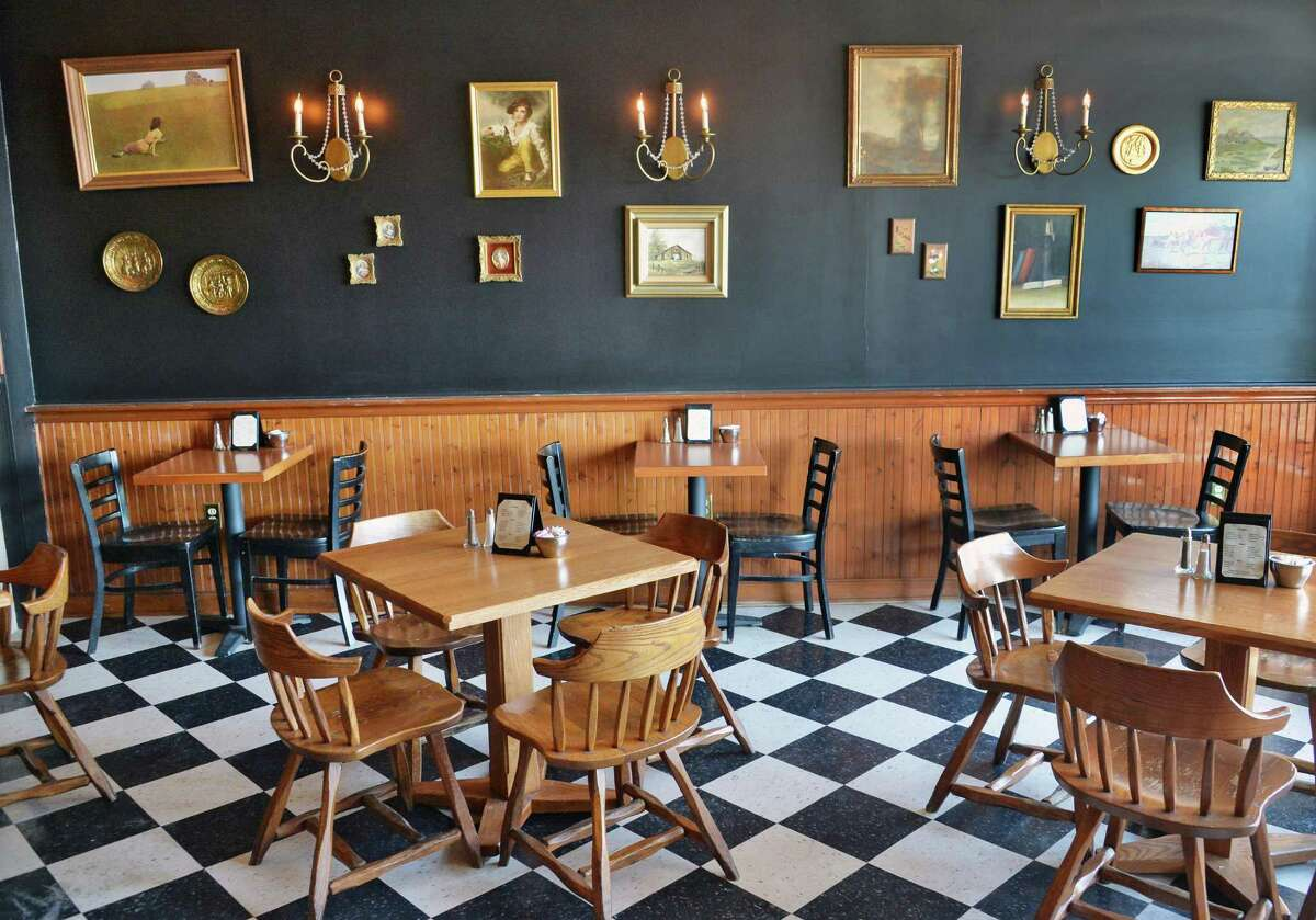 Public House 42 dining room on Eagle St. Thursday Jan. 15, 2015, in Albany, NY. (John Carl D'Annibale / Times Union)