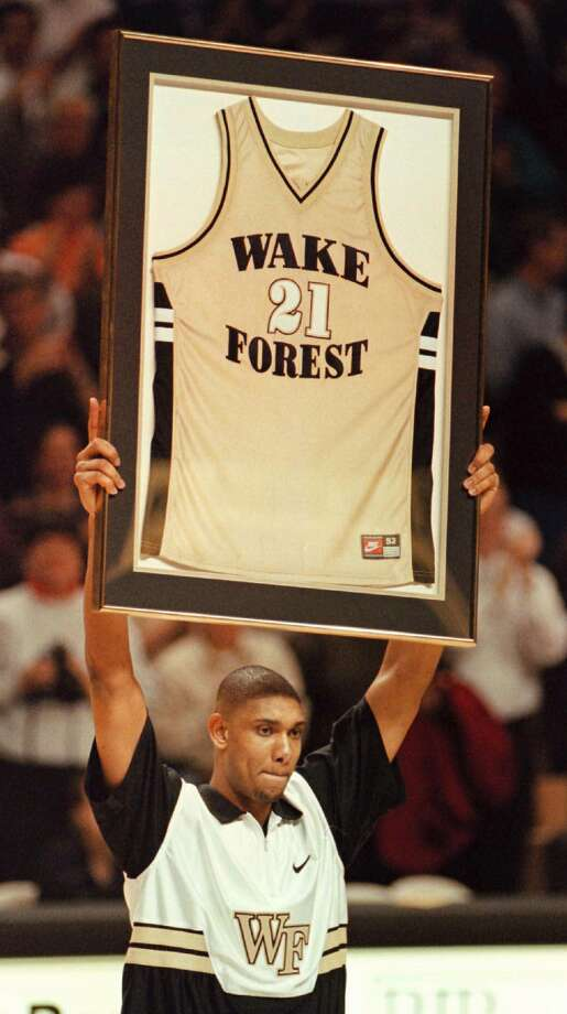 Early 1997:Tim Duncan was named the Naismith college basketball player of the year at Wake Forest. Photo: ALAN MARLER, AP Photo/Alan Marler / AP1997
