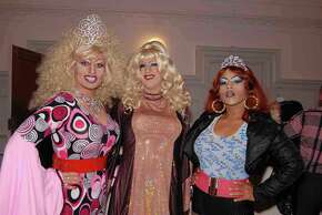 At San Francisco's Trannyshack show in 2008, Cookie Dough (center) poses with Pollo del Mar (left), and Anjie Myma.
