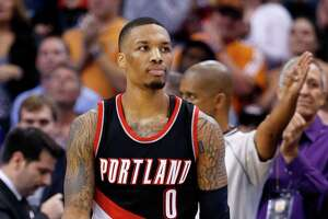 Marshawn Lynch, Damian Lillard personify the heart of Oakland - Photo