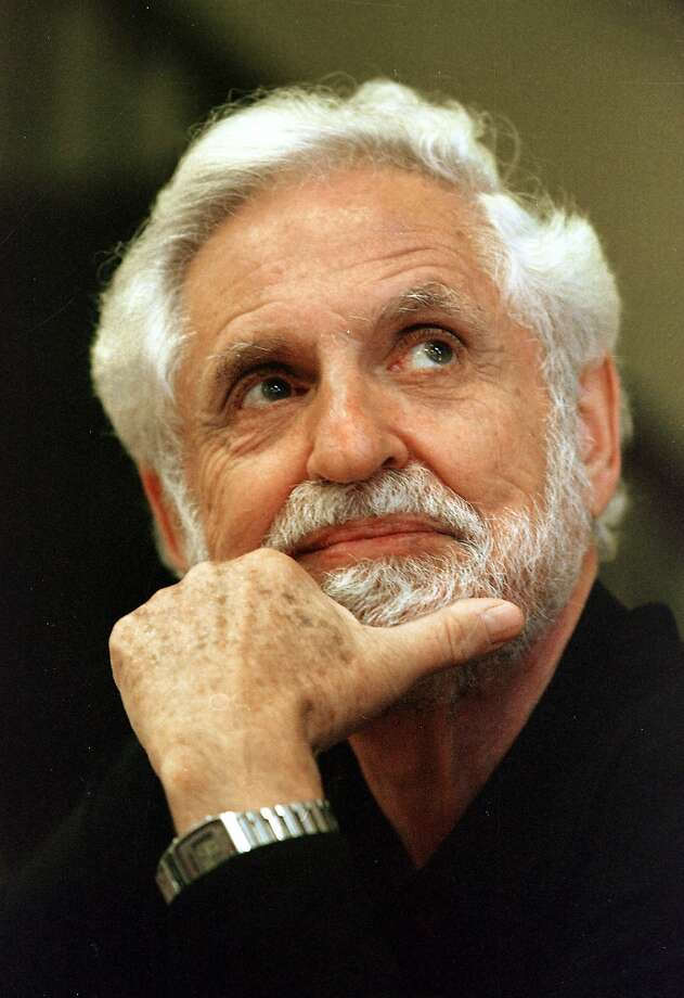 DJERASSI 02/C/26SEP97/PF/CG --- Professor Carl Djerassi of Stanford University.  (CHRONICLE PHOTO BY CARLOS AVILA GONZALEZ) Photo: Carlos Avila Gonzalez, PHOTOG AND SOURCE