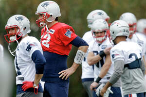 Tom Brady a master of the quarterback sneak - Photo