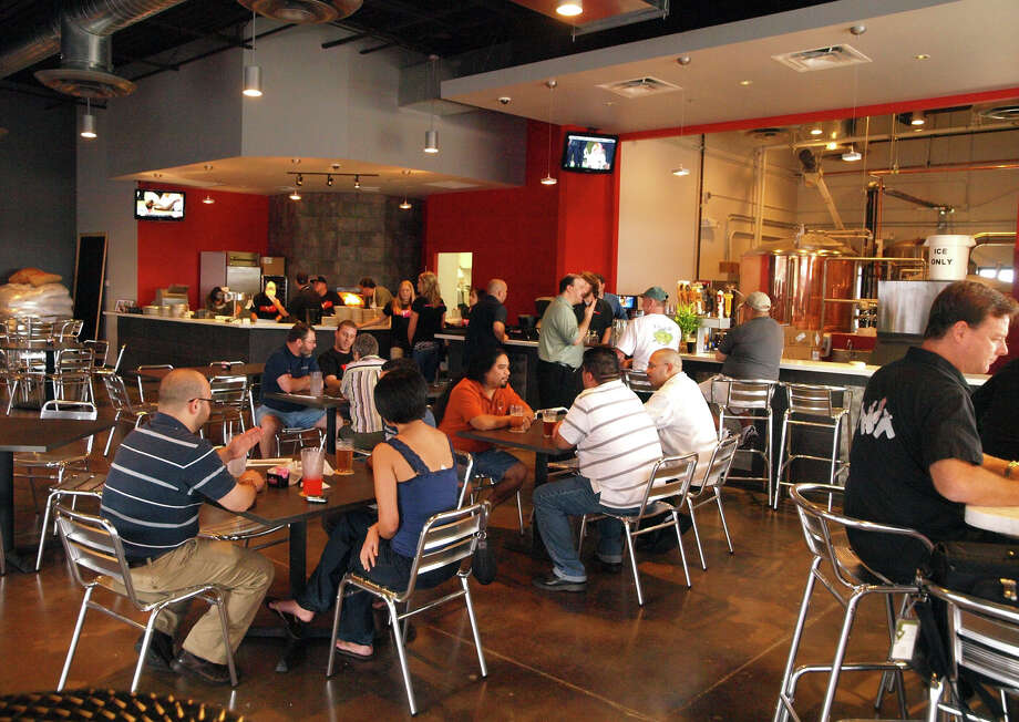 Freetail Brewing Co. Photo: Express-News File Photo / SAN ANTONIO EXPRESS-NEWS