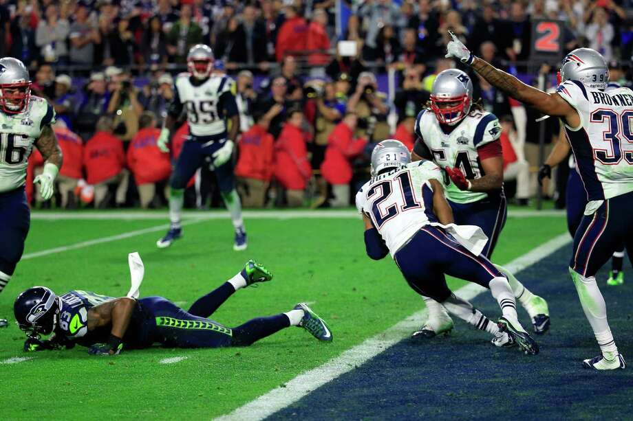 GLENDALE, AZ - FEBRUARY 01:  Malcolm Butler #21 of the New England Patriots intercepts a pass by  Russell Wilson #3 of the Seattle Seahawks late in the fourth quarter during Super Bowl XLIX at University of Phoenix Stadium on February 1, 2015 in Glendale, Arizona.  (Photo by Rob Carr/Getty Images) ORG XMIT: 534733749 Photo: Rob Carr / 2015 Getty Images