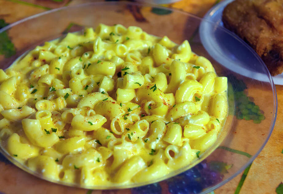 Photos of macaroni and cheese at Mr. And Mrs. G's Home Cooking. Photo: Express-News File Photo / © 2013 San Antonio Express-News