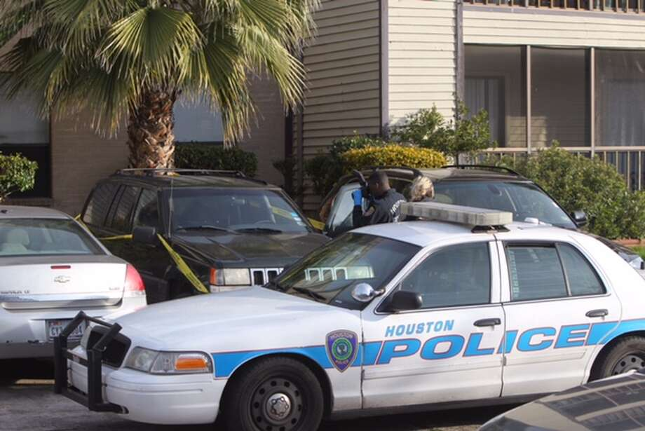 The shooing occurred about 7 a.m. at 10110 Forum Est Drive, according to the Houston Police Department. Photo: Cody Duty