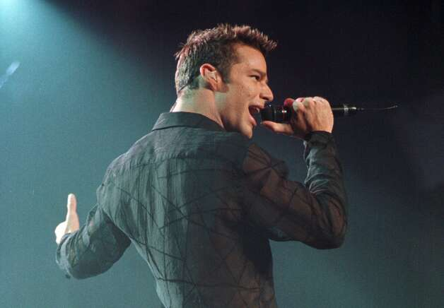 Ricky Martin performs at the Pepsi Arena Monday, March, 20, 2000, in Albany, N.Y. (Will Waldron/Times Union) Photo: WILL WALDRON / ALBANY TIMES UNION