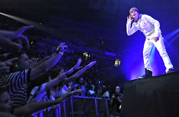 Singer Justin Bieber performs at the Times Union Center in Albany, NY on August 25, 2010. (Lori Van Buren / Times Union) Photo: Lori Van Buren / 00009973A