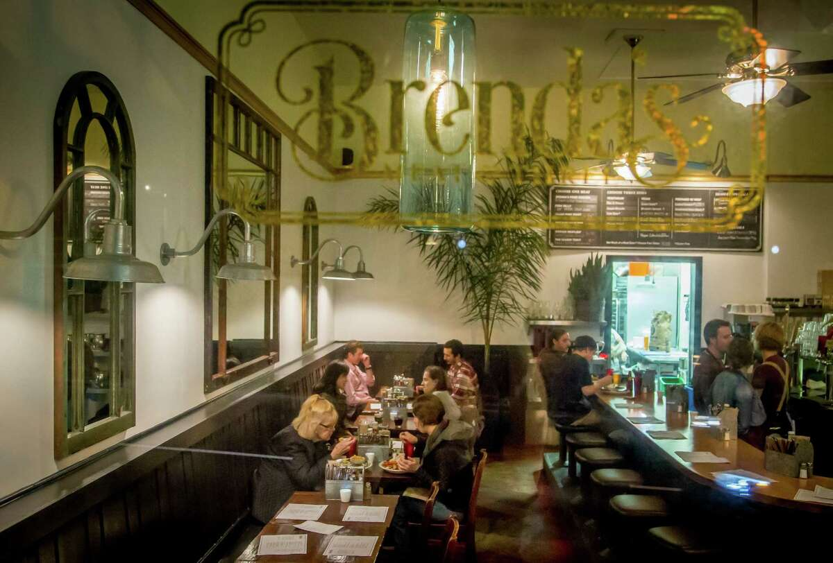 Brenda's Meat & Three brings Southern cooking and hospitality to the Western Addition of S.F. with fried chicken, sandwiches plus an array of vegetable sides.