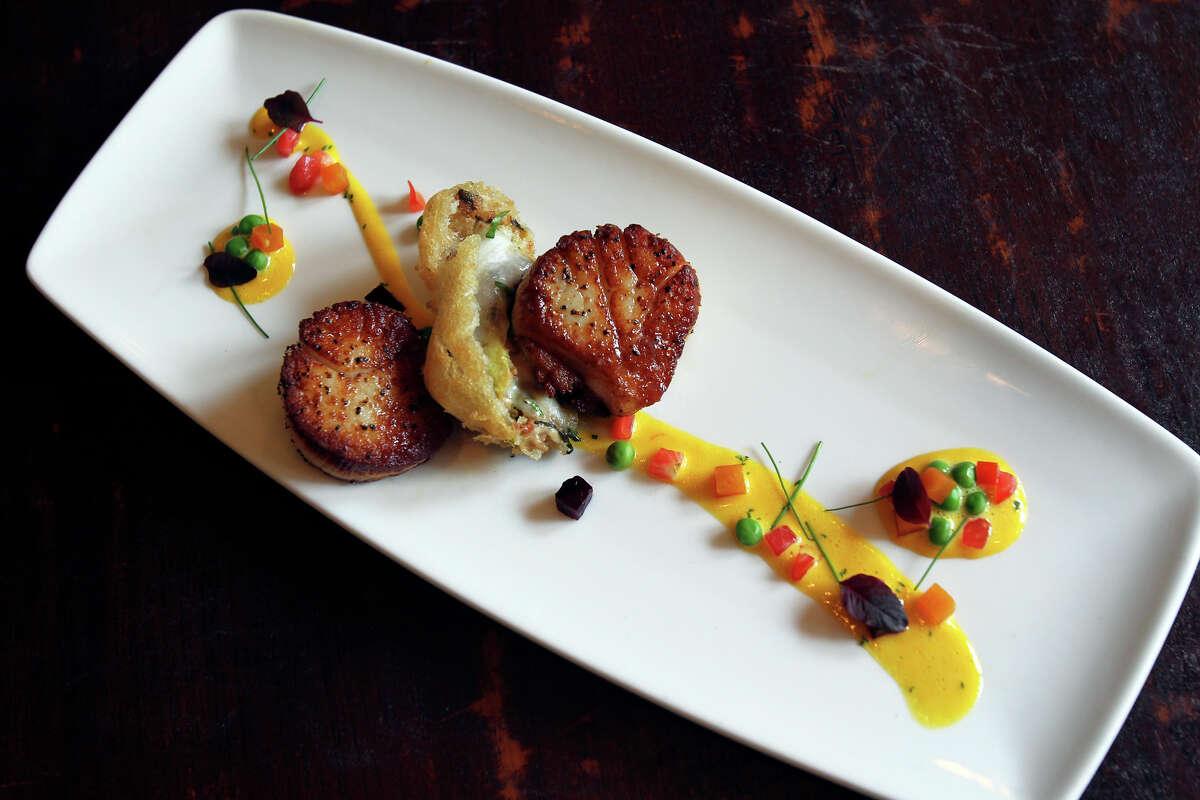 Seared scallops served at Citrus Restaurant in the Hotel Valencia Riverwalk.