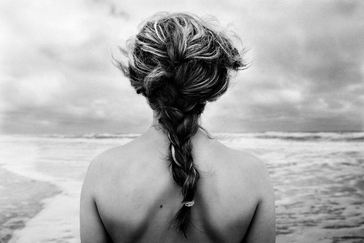 The messy classic braid This takes almost no effort and the end result is a fabulous beach hair look.
