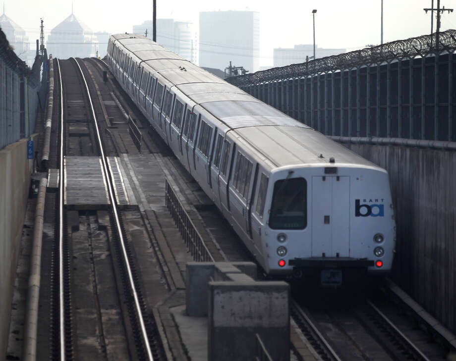 Amid a ridership boom, an eastbound BART train emerges from the Transbay Tube en route to the West Oakland Station. Photo: Paul Chinn / The Chronicle / ONLINE_YES