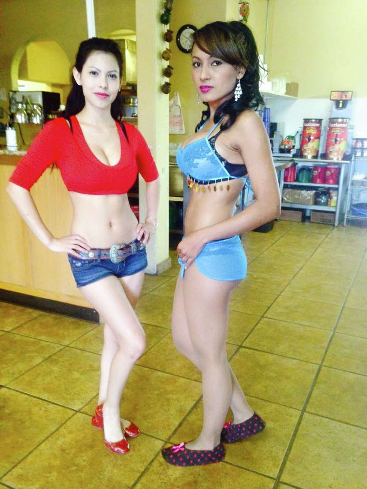 San Antonio Restaurant Serves Breakfast Tacos With A Side Of Lingerie