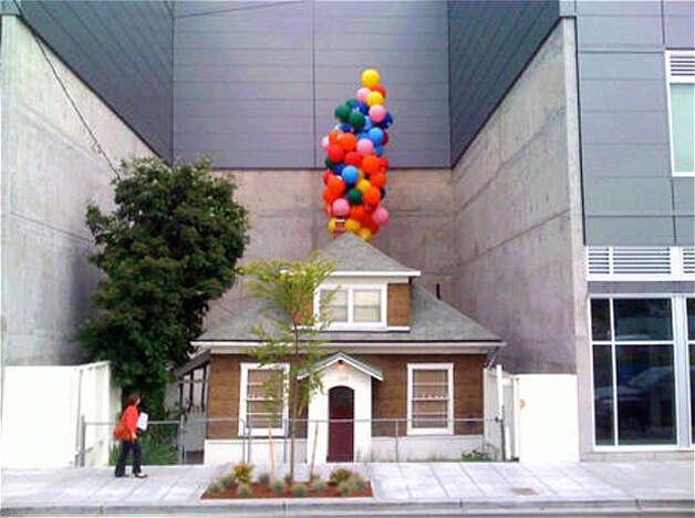 Ballard 39 Up 39 House Attracts No Bids At Auction