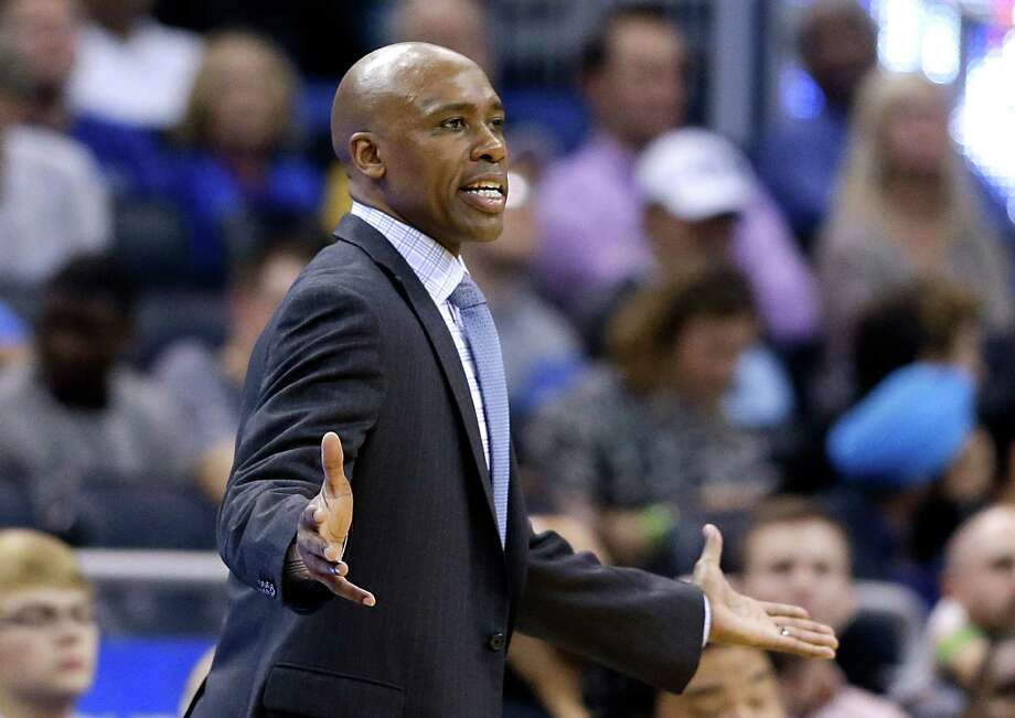 Orlando Magic head coach Jacque Vaughn disputes a call by officials during the second half of against the Dallas Mavericks on Jan. 31, 2015, in Orlando, Fla. Dallas won 108-93. Photo: John Raoux /Associated Press / AP