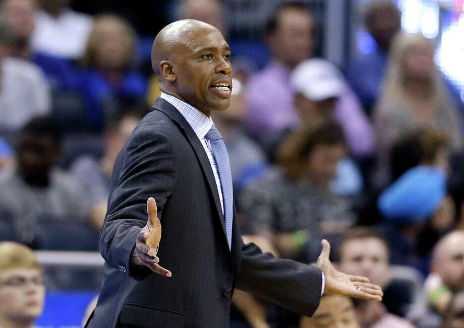 Orlando Magic head coach Jacque Vaughn disputes a call by officials during the second half of against the Dallas Mavericks on Jan. 31, 2015, in Orlando, Fla. Dallas won 108-93. Photo: John Raoux /Associated Press / AP