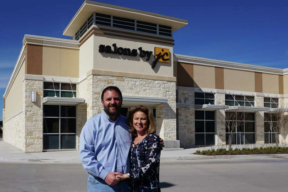 Owners Fritz and Laura Weiss will open Salons by JC in March at The Center at Pearland Parkway, a shopping center at 2650 Pearland Parkway. The 8,000-square-foot beauty salon will lease 44 10-by-12-foot suites equipped with mirrors, shampoo bowls, chairs, cabinets, hood dryers, roll carts and other tools and supplies. Photo: Xx