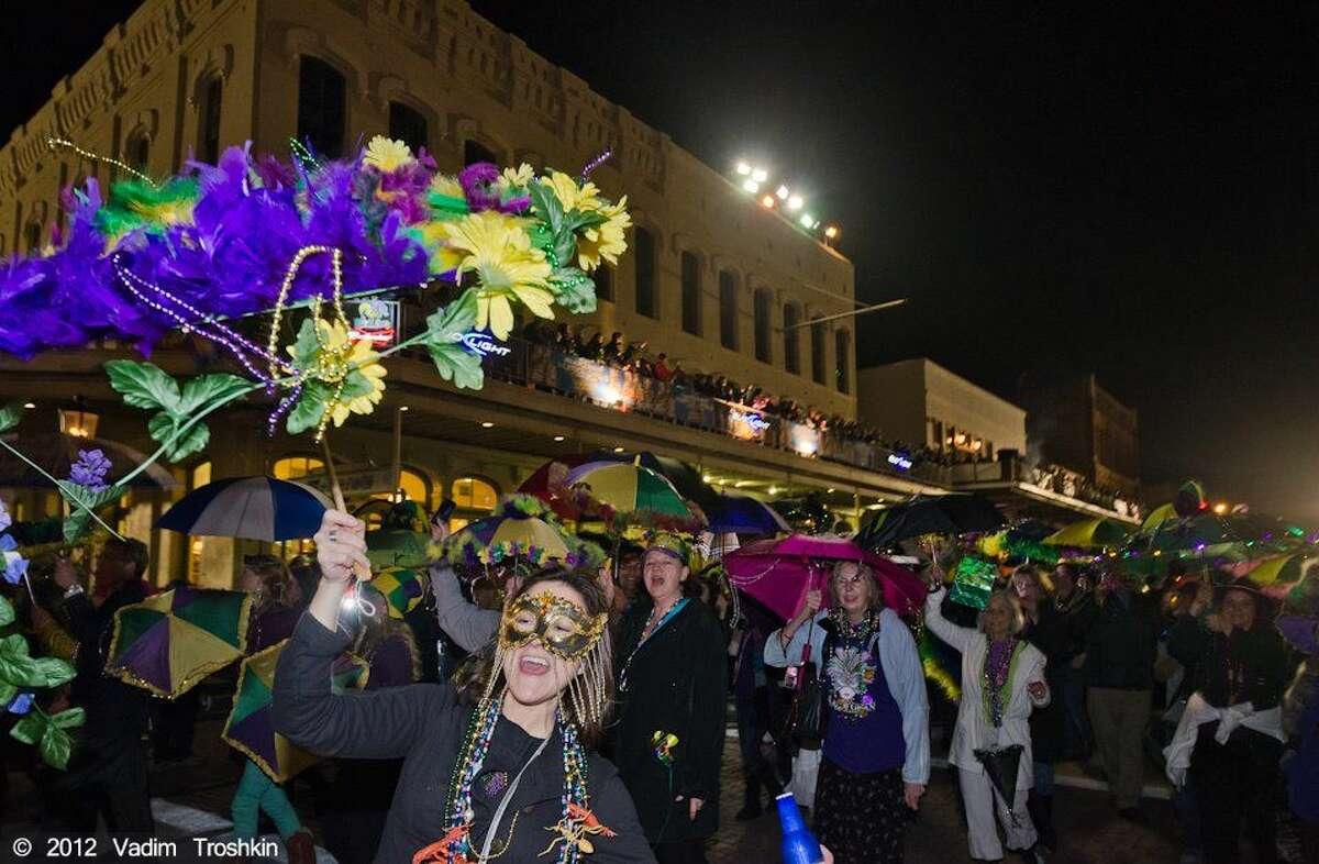 Photo of the balcony scene for Galveston Mardi Gras.