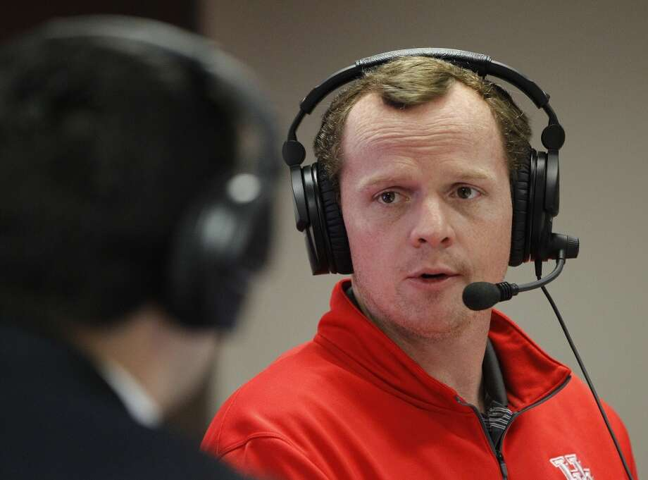 Major Applewhite visited members of the Cougars' 18-member 2017 recruiting class, and judging by social media his promotion from offensive coordinator to first-time head coach was met with overwhelming approval. Photo: Karen Warren, Houston Chronicle