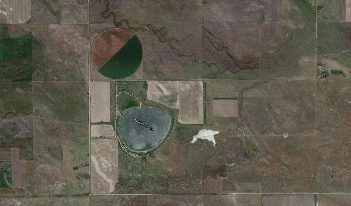 Monster: Alkali Lake MonsterArea: Walgren Lake (formerly Alkali Lake), NebraskaDescription: Commonly described as a gargantuan alligator-like creature, possibly 40 to 60 feet long, with a horn on its head.Source: Nebraska History