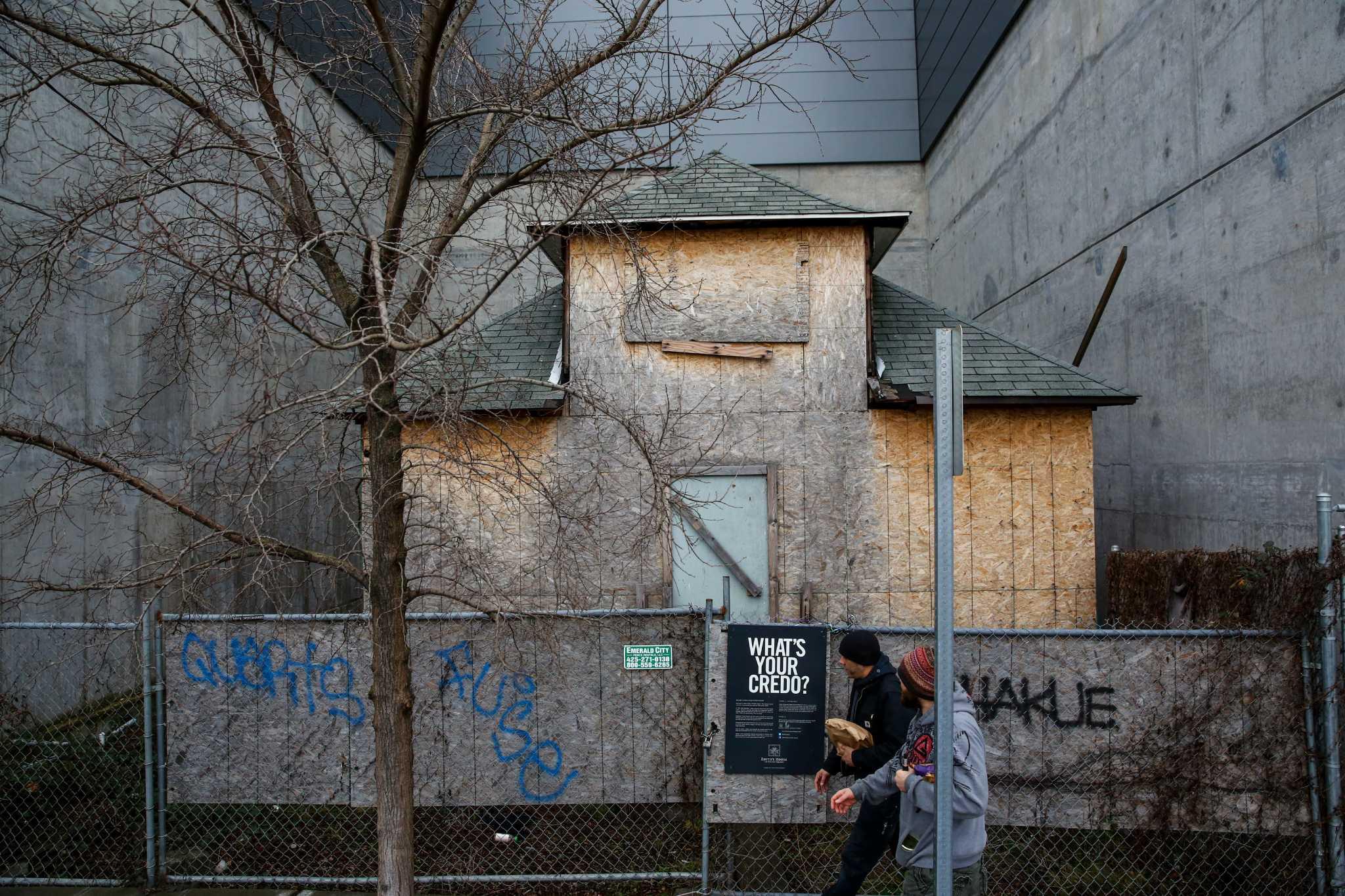 Broker ballard 39 up 39 house to be saved moved for Ballard house