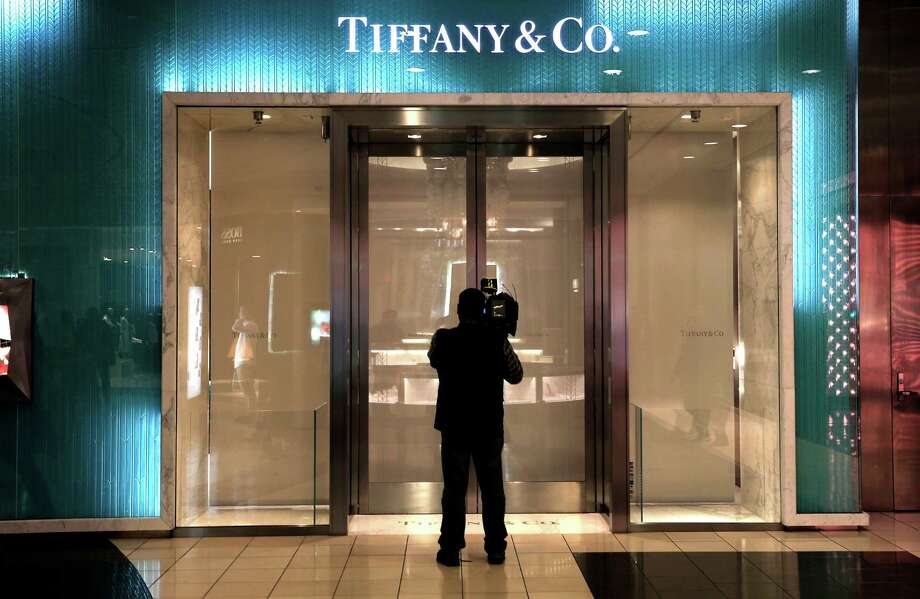 jewel robbers hit tiffany in san francisco mall sfgate