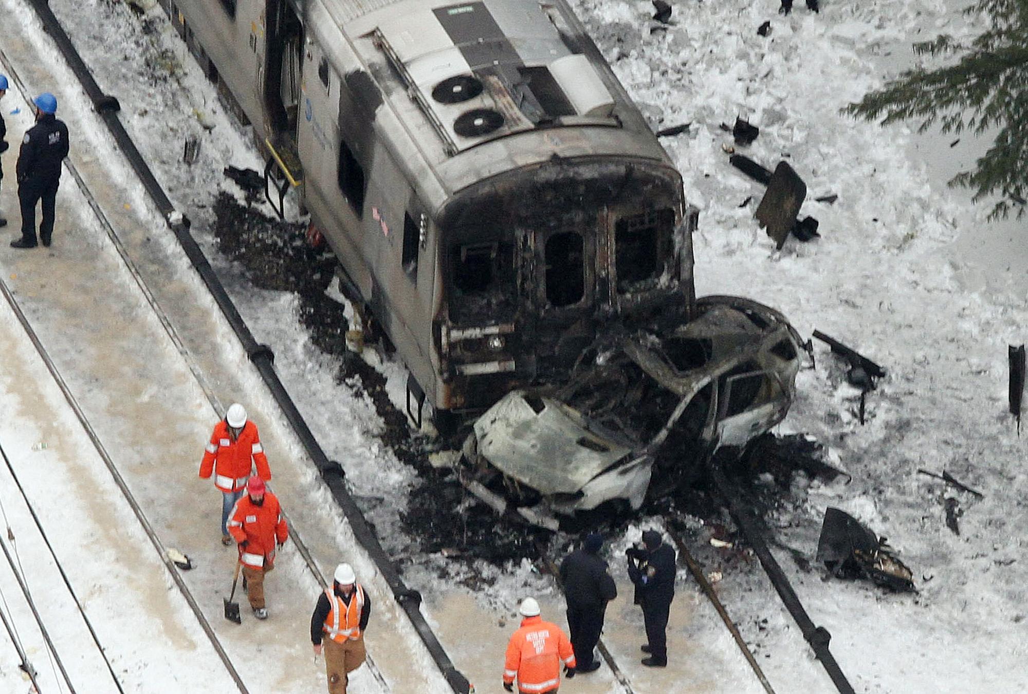 Report: Metro-North train slowed before fatal crash in ...